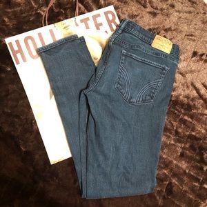 Hollister Oceanside Super Skinny jeans size 9R